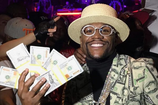 Floyd Mayweather – Boxer, Bank Robber…Discount??
